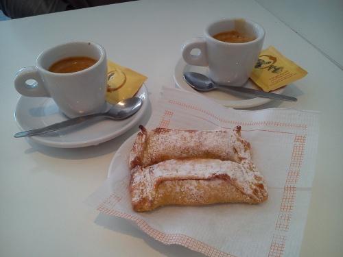 Delicia_do_Abade_Joao_com_Cafe